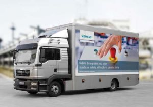 Siemens-Safety-truck-on-tour-in-UK